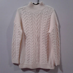 H&M Cable Knit Pullover Sweater